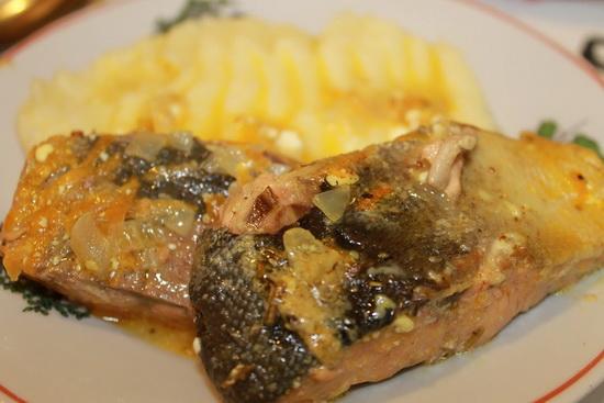 Горбуша жареная на сковороде- рецепты с фото со сметаной, в сухарях, кляре