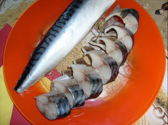 Очень вкусная маринованная скумбрия - рецепт с фото в домашних условиях 2