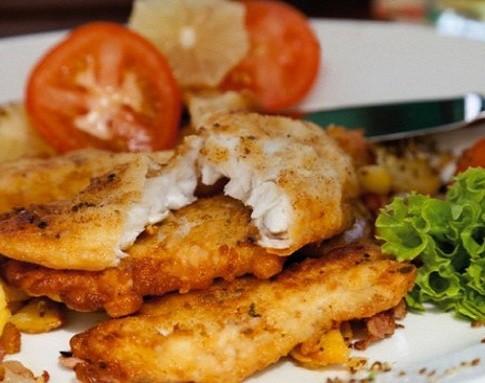 Как приготовить минтай в сметане на сковороде — готовим рыбу со сметаной