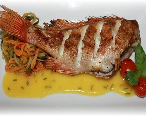 Морской окунь — рецепты приготовления в духовке, на сковородке и в мультиварке