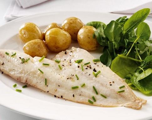 Жареный, отварной, тушеный, паровой минтай — калорийность блюд на 100 грамм