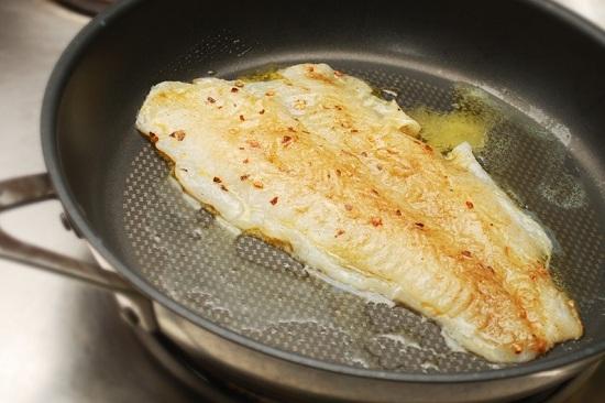 Рыба треска - новые рецепты приготовления на сковороде с фото 2