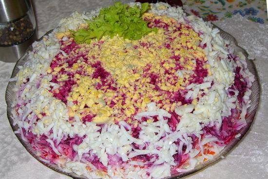 Салат селедка под шубой - новый пошаговый рецепт с фото 2