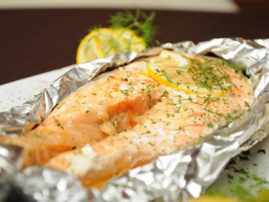 Семга в фольге в духовке - готовим рыбу с приправами 1