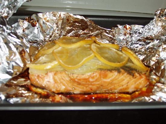 Семга в фольге в духовке - готовим рыбу с приправами 2