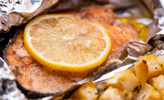 Семга в фольге в духовке - готовим рыбу с приправами 3