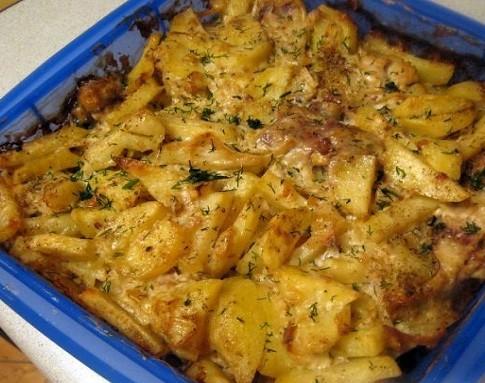 Запеченная с картофелем скумбрия в мультиварке – рецепт с фото
