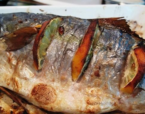 Запечённый и жареный тунец — рецепты приготовления рыбы с фото