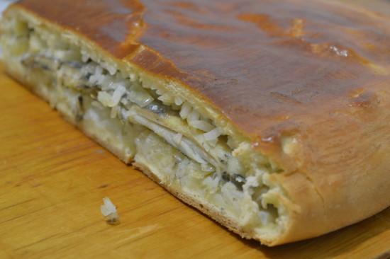 . Пирог с мойвой и луком - пошаговый рецепт с фото5