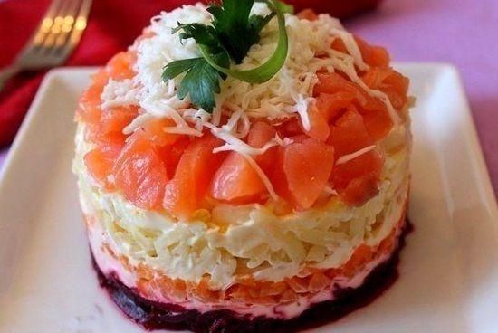 салат из соленой горбуши 4