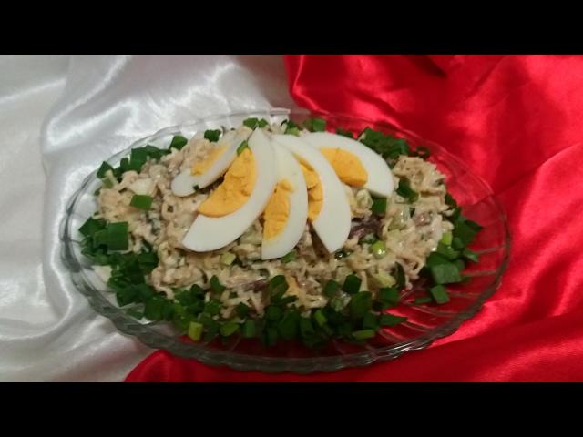 шпротный салат 3
