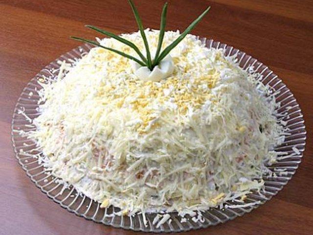 шпротный салат 4