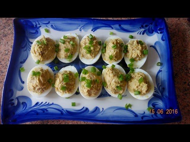 яйца фаршированные печенью трески 3